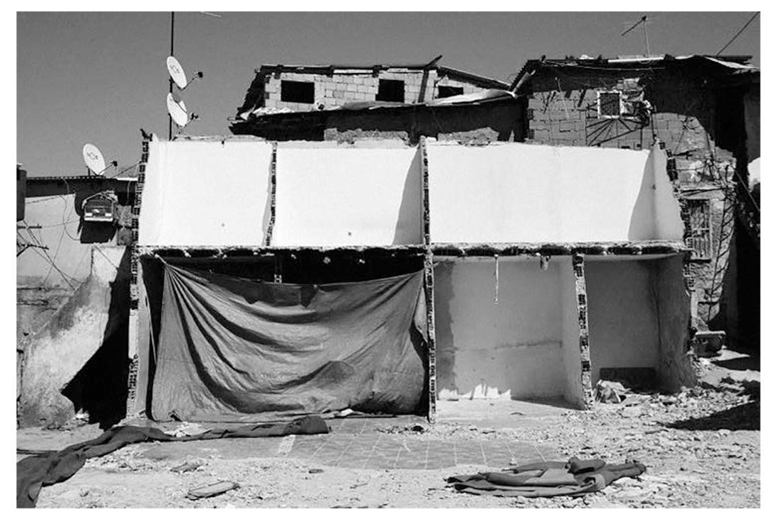 Relatos de guerra, pobreza e racismo institucional: